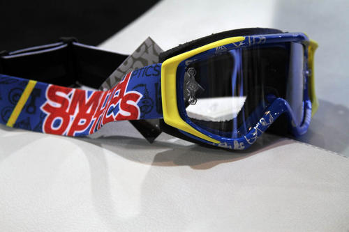 eda73c81 Aaron Gwin used these goggles all season en route to winning the World Cup  overall...just sayin. Smith trucker hat ...